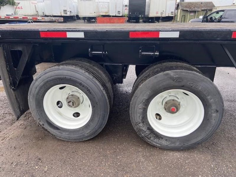 2010 UTILITY 40' AIR RIDE FLATBED WITH FORKLIFT KIT 6066553127