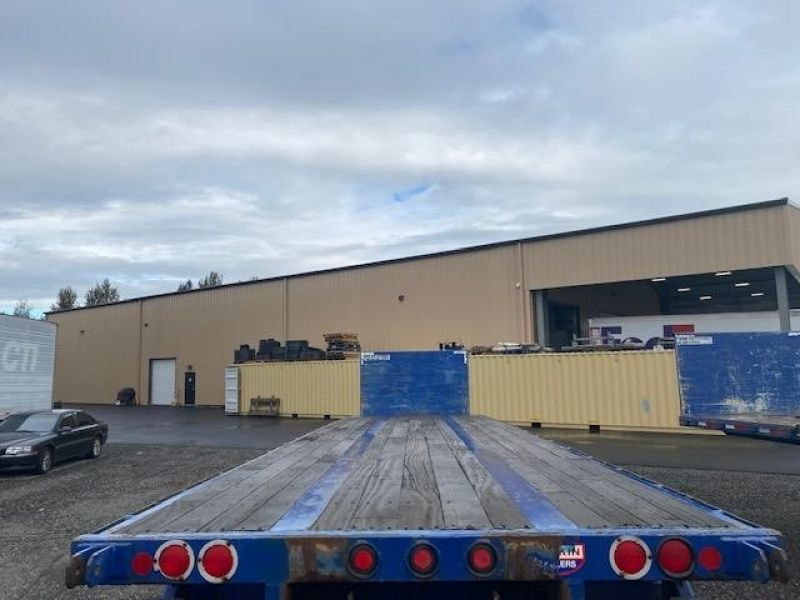 2008 UTILITY 32' FLAT BED WITH FORKLIFT KIT(MOFFETT) 6157119197
